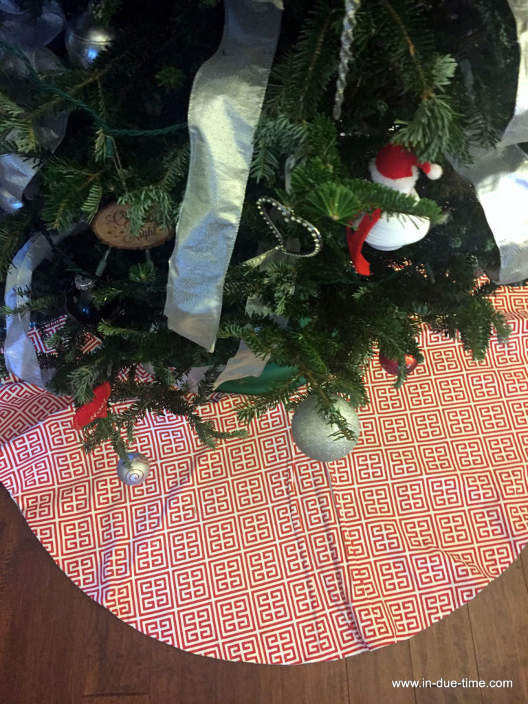 Minted Tree Skirt